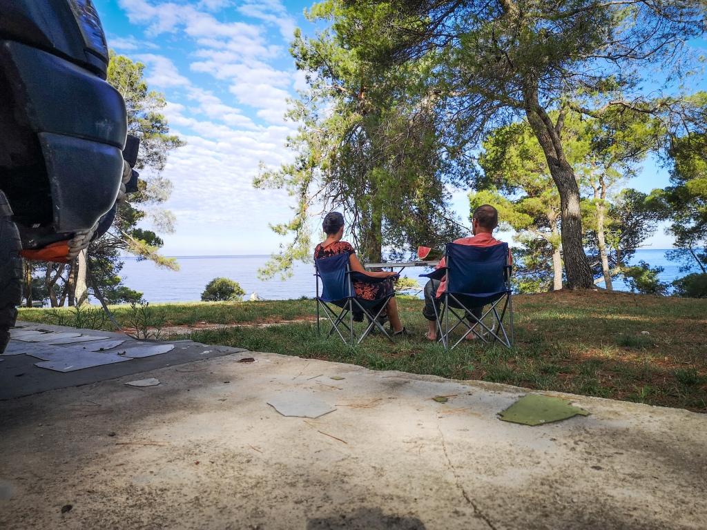 Nad morzem, obozowanie na dziko w Chorwacji  By the sea in Croatia, wild camping.