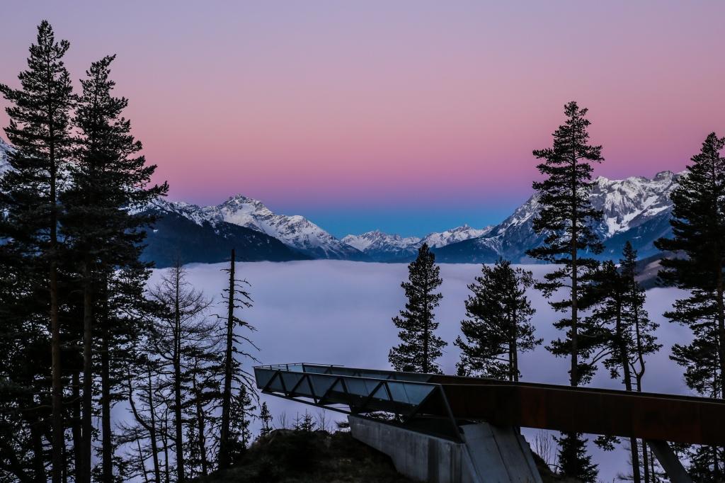 Wschód słońca, góry,, Austria, Kunertal. Pozytywne myślenie,  wstrząs pourazowy, trauma, terapia Sunrise in the mountains, PTSD, trauma, positive thinking