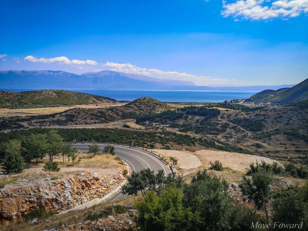 Albania – co warto zobaczyć? Droga do jeziora Ohrid. Mountain road
