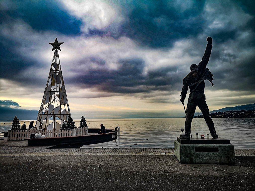 Freddie Mercury pomnik w Montreux, Jezioro genewskie, Szwajcaria.