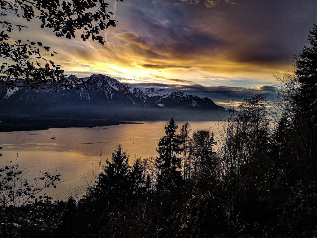 Widok na Jezioro Genewskie z naszego postoju. Geneva Lake
